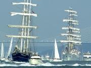 houri-parade-armada-1
